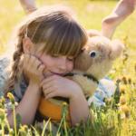 Bambini timidi e solitari: le loro interazioni sociali