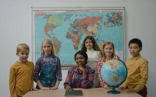 Bambini stranieri a scuola