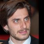 Luca Marinelli è timido