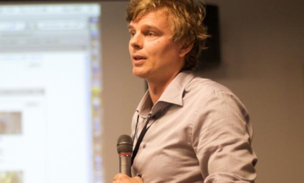 Eritrofobia e ansia da microfono - Consulenza online