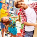 Bambini timidi e bambini introversi: la differenza