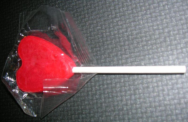 Lollipop_in_the_package